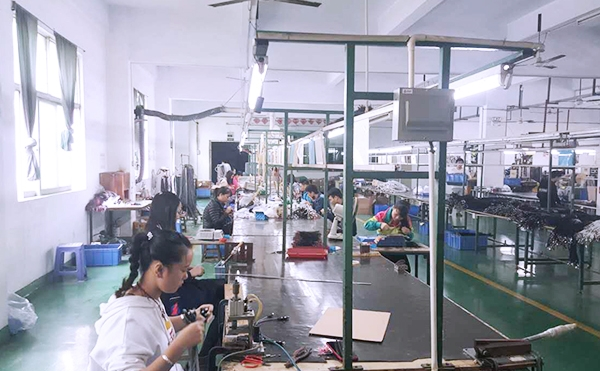 万联通泰加工生产线