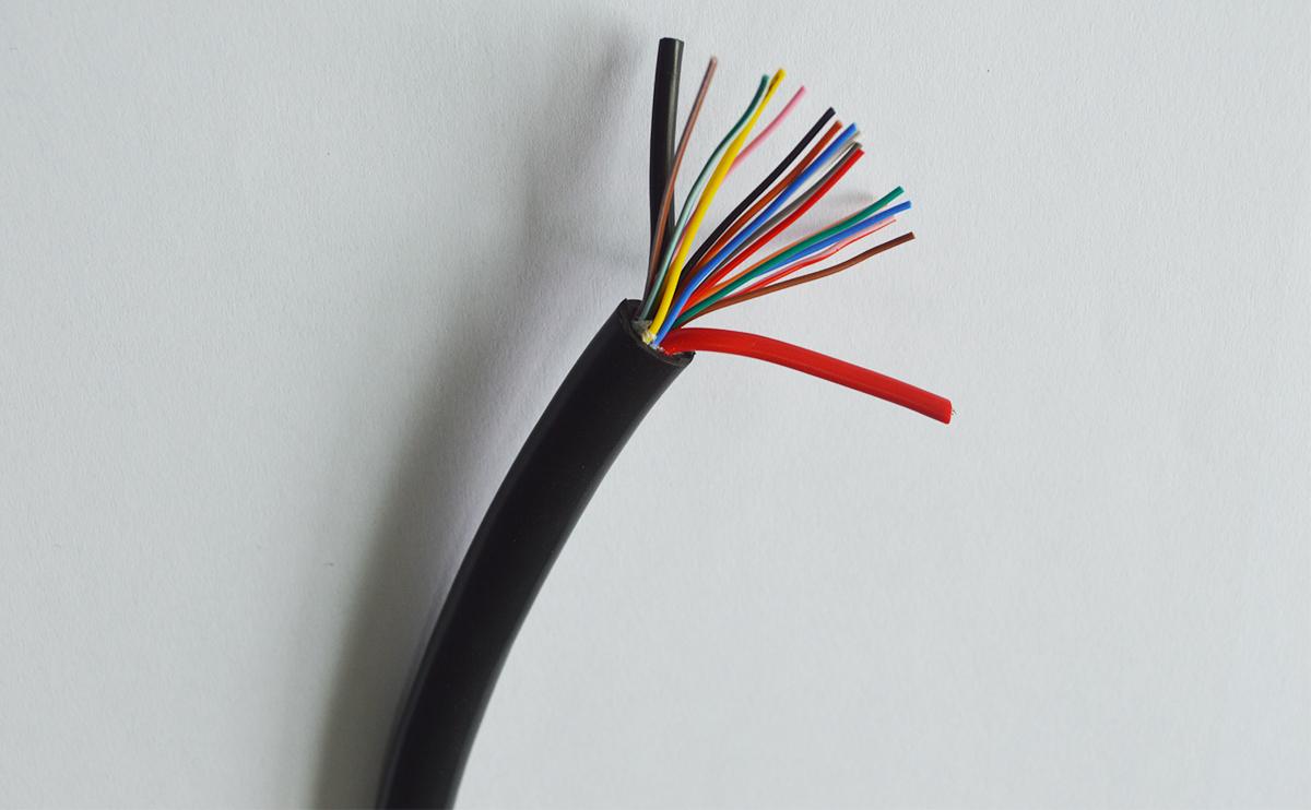 信号传输+电源复合型汽车线束